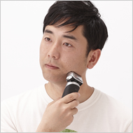 ひげ剃り後の肌を整えます